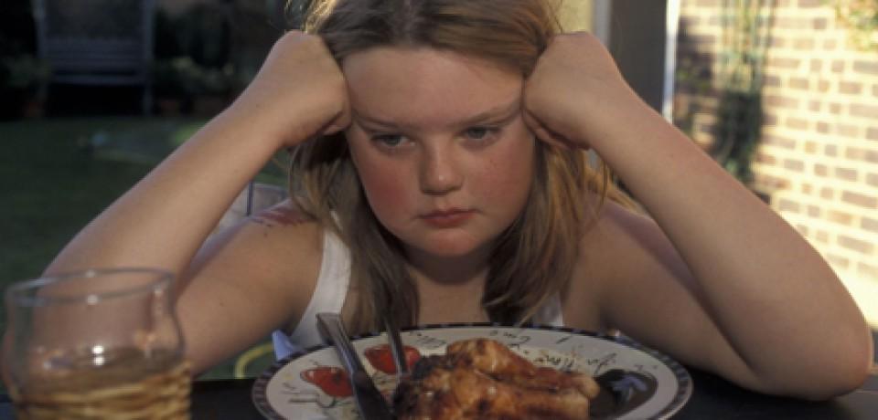 اضطراب والدین و بد غذایی کودکان
