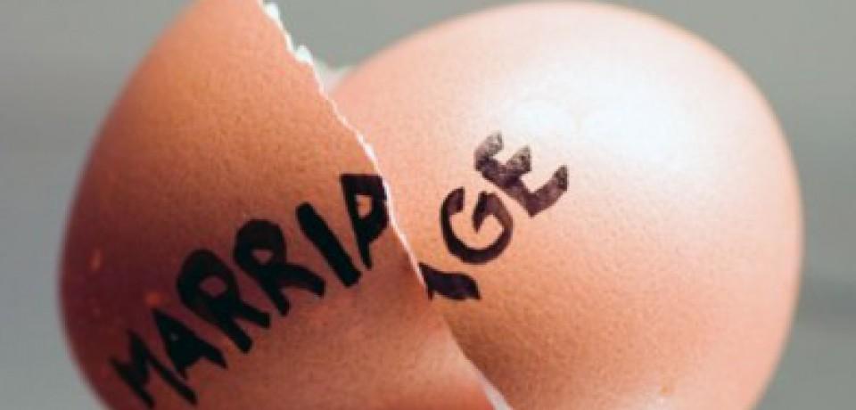 کاهش آمار طلاق و آموزش مهارت های زندگی به زوجین