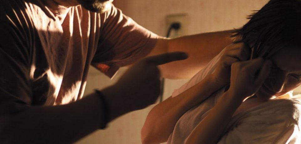 خشونت خانگی: علت رفتار همسر اعظم چه بود؟