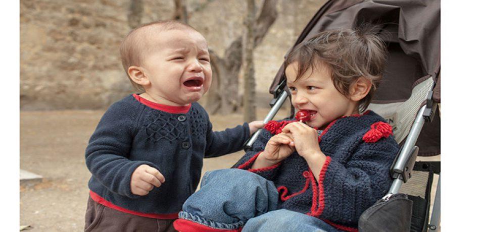 دفاع کردن صحیح از خود را به کودکمان بیاموزیم