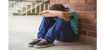 گوشه گیری کودکان پیامد افسردگی مادر