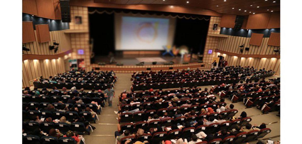 روان نشناسان ایران! مروری بر بازار پر رونق همایش های عامه پسند روانشناسی