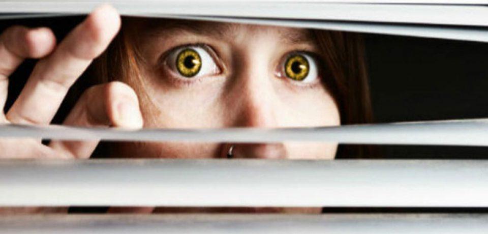 با همسر شکاک و بی اعتمادم چطور رفتار کنم؟