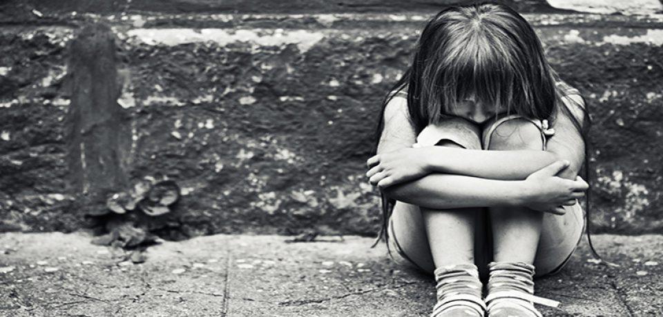 خشونت کلامی موجب آسیب روانی کودک می شود