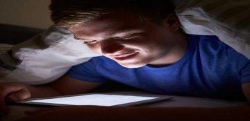 نوجوانان ، این روزها بیشتر از گذشته کمخوابند!