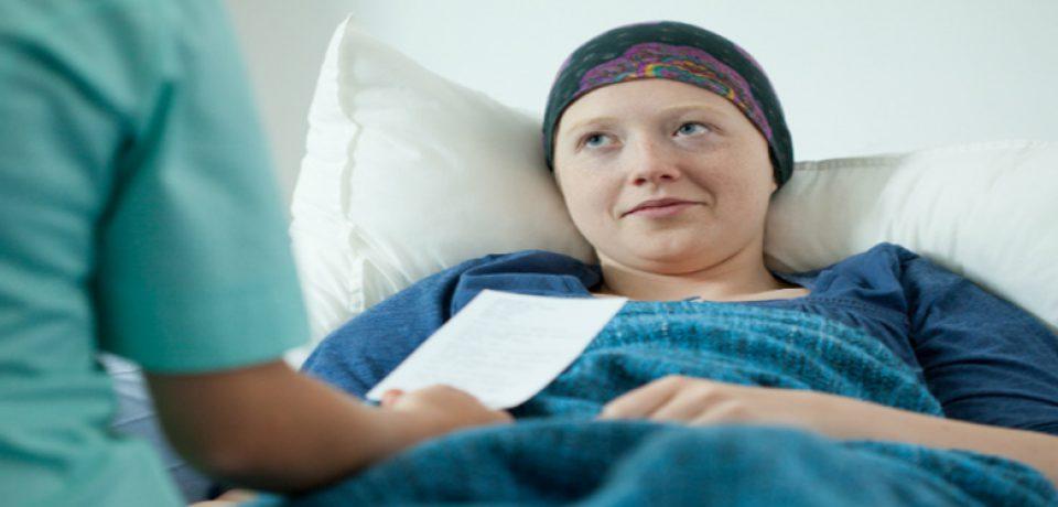 نقش هیپنوتیزم در کاهش رنج و درد مبتلایان به سرطان