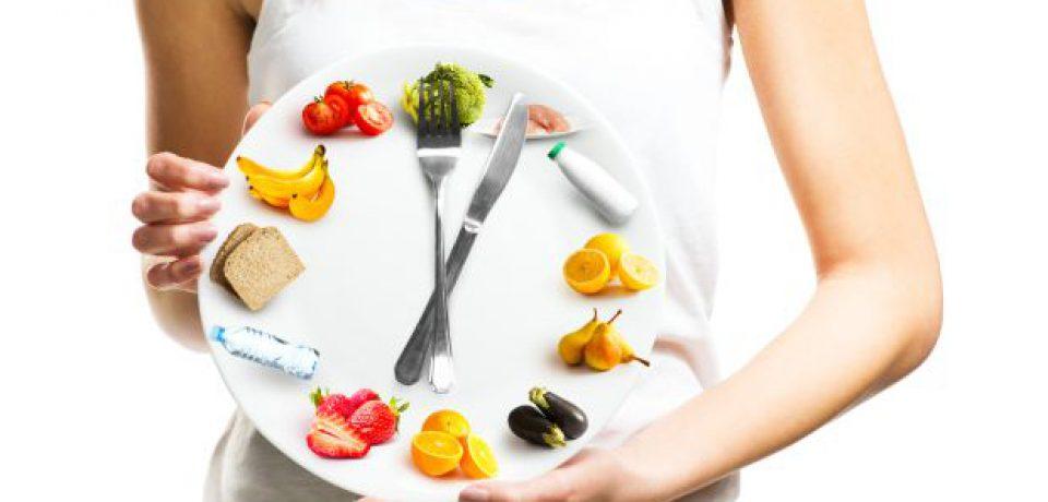 تاثیر زمان وعدههای غذایی بر اختلالات عصبی پیشرونده