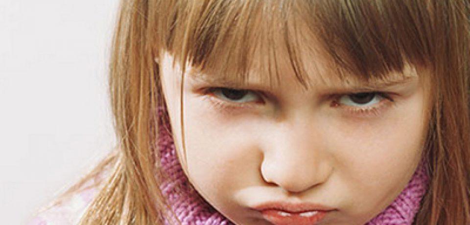 لوس کردن کودک مانع از رشد استعدادهای او میشود