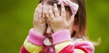 علل خجالتی بودن کودکان