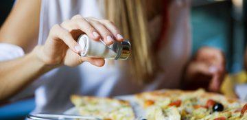مصرف زیاد نمک احتمال آلزایمر را افزایش میدهد