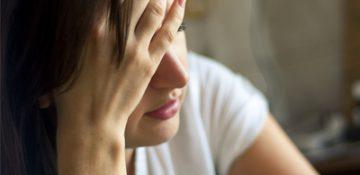 علت افسردگی در شب و درمان آن