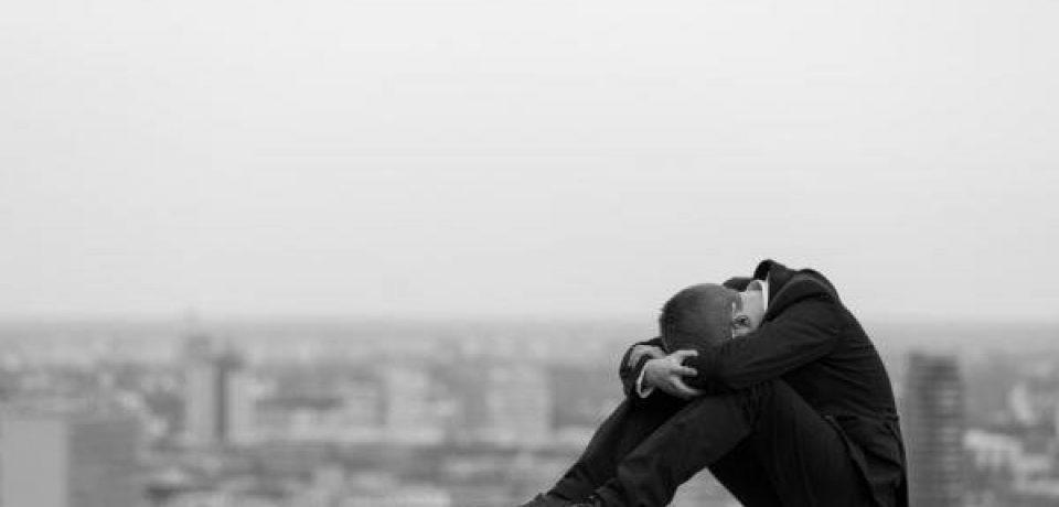 کمک به کاهش انگیزه خودکشی با چند راهکار ساده
