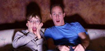 """دیدن فیلم """"ترسناک"""" چه عواقبی دارد؟"""