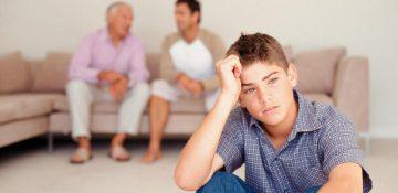۷ جمله مخرب که نباید به نوجوان تان بگویید