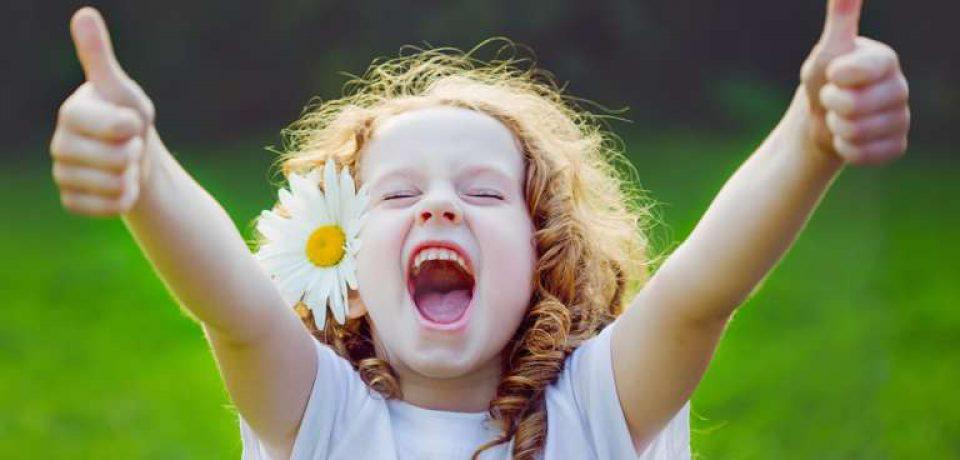 کودکی شاد منتهی به زندگی سالم میشود
