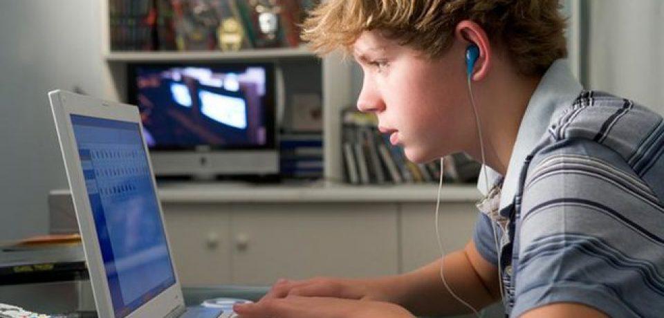 استفاده بسیار از کامپیوتر و موبایل به عود تشنج در بیمارانی صرعی منجر میشود
