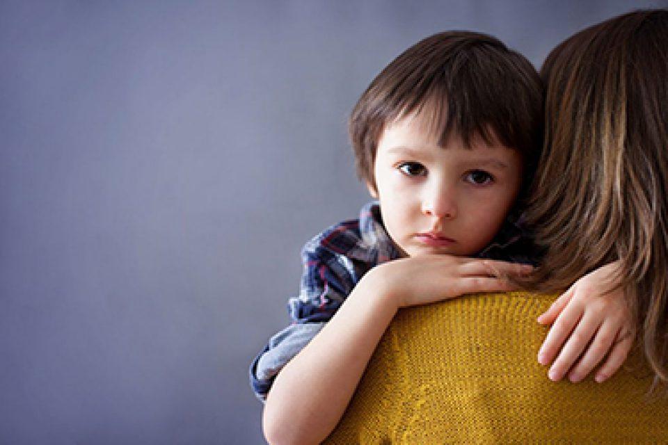 بدرفتاری عاطفی، کودک را مستعد انواع اختلالات روانی میکند