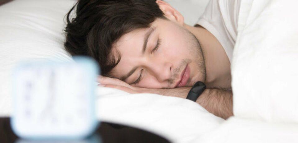 فعالیت فیزیکی و ورزش میتواند میزان خطر بروز آپنه خواب را کاهش دهد.