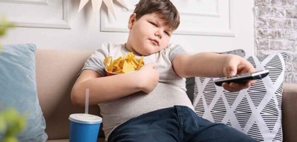 سیکل خوردن هیجانی چگونه است؟ تفاوت میان گرسنگی هیجانی و گرسنگی فیزیکی